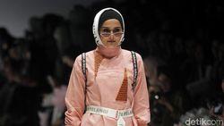 Foto: Mengintip Tren Hijab Terbaru dari JFW 2019
