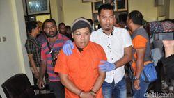Sadis! Polisi di Papua Dianiaya Istri dan Selingkuhannya