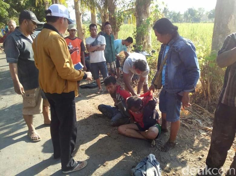 Dicurigai Curanmor, Dua Pria asal Bondowoso Babak Belur Dimassa