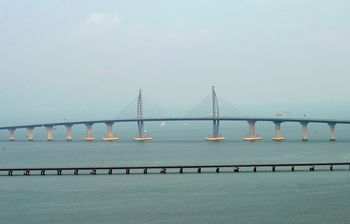 Megah! Jembatan Terpanjang di Dunia Sambungkan Hong Kong-Makau