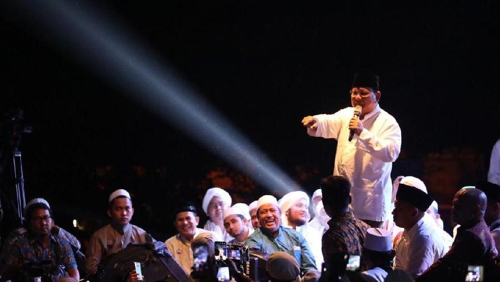 Minta Relawan Sumbang Dana, Prabowo: Tak Usah Malu Nggak Punya Duit