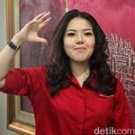Dicibir Jadi Anggota DPRD, Intip Selera Mobil Tina Toon