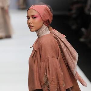Hijab dengan MotifNgumpet Diprediksi Akan Tren di 2019