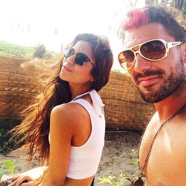 Sana juga suka liburan ke pantai. Pantai Arambol di sebelah utara Goa, India jadi destinasi pilihannya bersama sang suami. (Instagram/@sanaofficial)