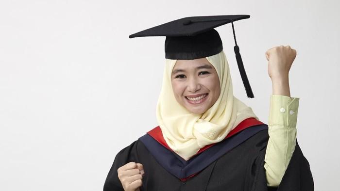 Ilustrasi Hijab Wisuda
