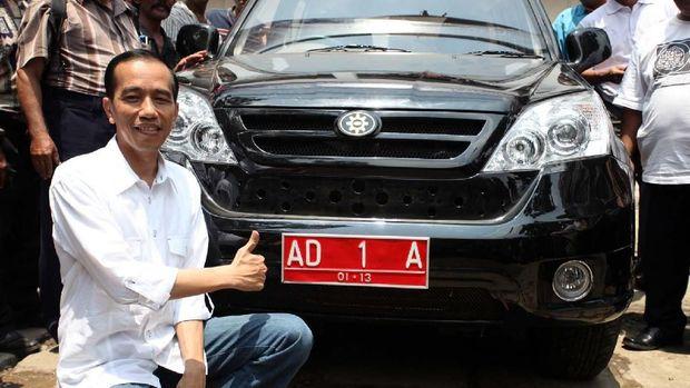 Rocky Sebut Jokowi Terancam UU Terorisme soal Hoaks Esemka