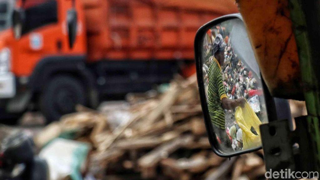 Diduga Selewengkan Dana Retribusi Sampah, Oknum Camat di Makassar Dipolisikan
