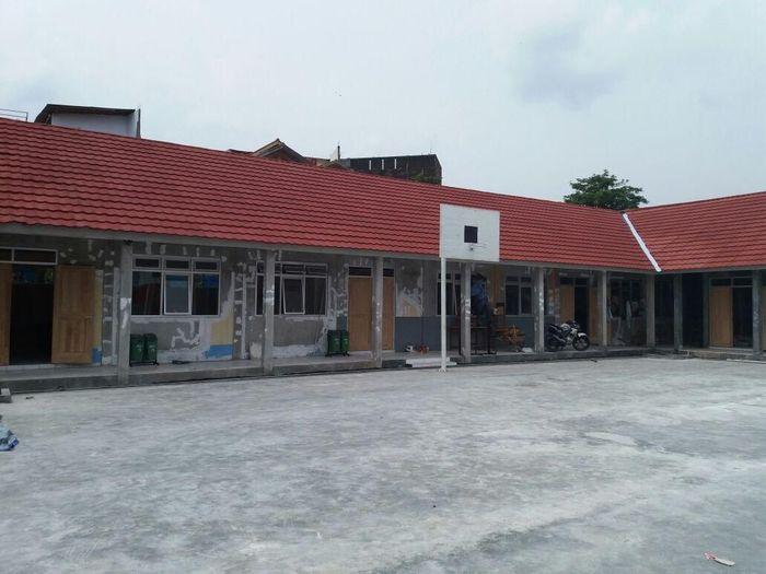 SMA PGRI Garut setelah mendapatkan bantuan dari Bank Mega/Foto: Dok Bank Mega