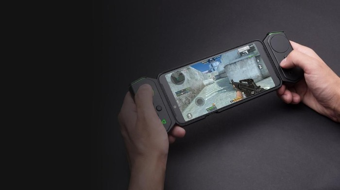 Ponsel gaming Xiaomi, Black Shark Helo, punya sejumlah fitur gahar di dalamnya. Foto: Xiaomi
