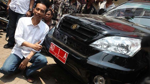 Joko Widodo sempat mempopulerkan Esemka saat menjabat sebagai Wali Kota Surakarta.