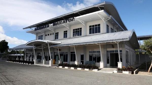 Bandara ini memiliki landasan pacu berukuran 1.600 m x 30 m, taxiway dengan ukuran 75 m x 15 m dan apron 70 m x 100 m. Bandara ini akan melayani penerbangan ATR 27 (Istimewa/Ditjen Perhubungan Udara Kemenhub)