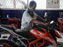 Tinggalkan Jawa Barat, Pasukan Road Warriors Cek Tunggangan