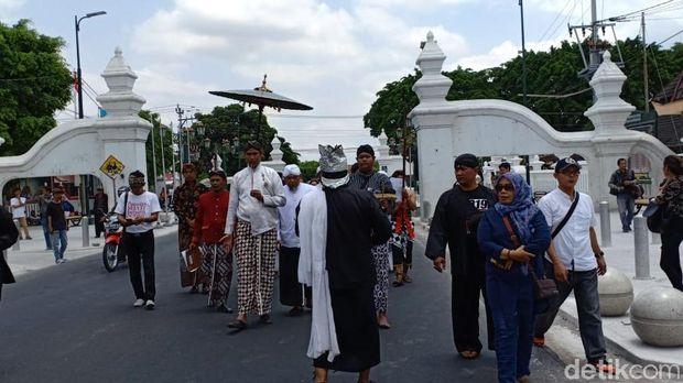Lampah prihatin di Yogyakarta.