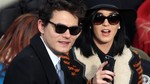 Kemesraan Katy Perry & John Mayer di Pelantikan Obama
