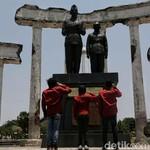 Memaknai Hari Pahlawan di Jalanan ala KTM Road Warriors
