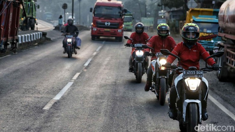 Touring KTM Road Warriors menuju Surabaya Foto: Pradita Utama