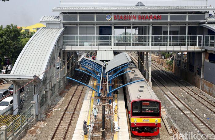 Stasiun Buaran di Jakarta Timur menjadi salah satu stasiun kereta api atau commuterline yang tengah dalam proses modernisasi. Proses pembangunan Stasiun Buaran pun terus dikebut pengerjaannya, Kamis (25/10/2018).