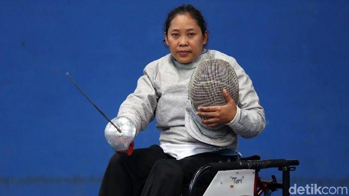 Sri Lestari, atlet anggar dingklik roda (Agung Pambudhy/detikSport)
