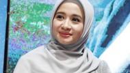 Laudya Cynthia Bella Kecewa Dihalangi Berhijab oleh Sahabat
