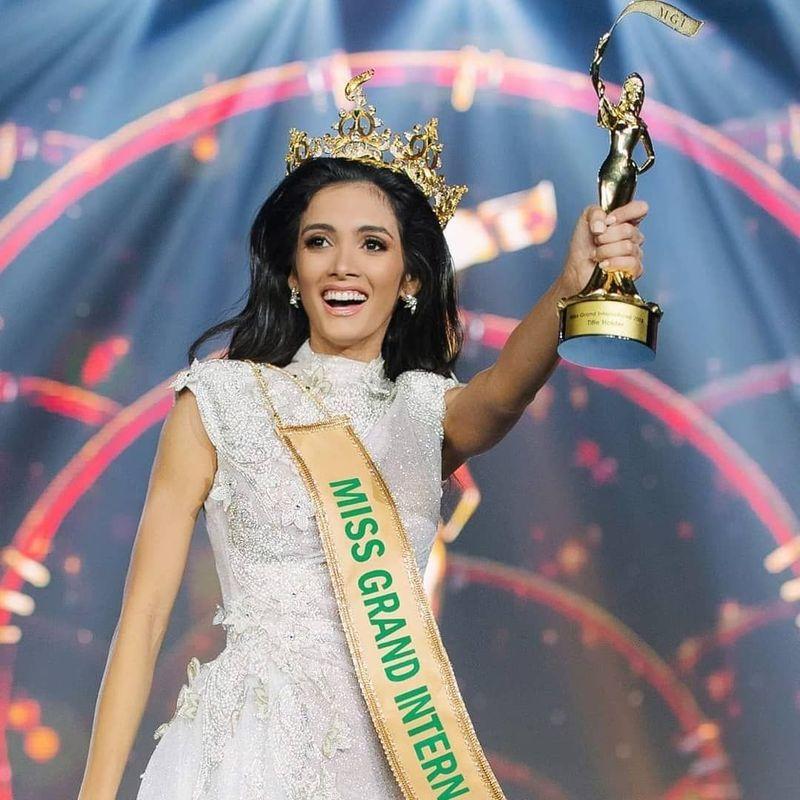 Clara Sosa berasal dari Paraguay. Ia berhasil terpilih sebagai Miss Grand International 2018 (_clarasosa/Instagram)
