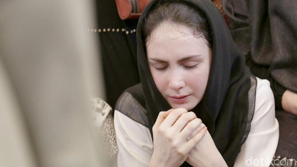 Arumi Bachsin Ungkap Kesedihan atas Meninggalnya Adik Ipar