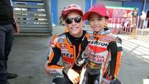 6 Potret Winnie Pembalap Cilik dan Penggemar Berat Marc Marquez