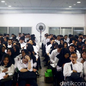 Lagi Ujian Sempat Salat Ashar, Kisah Hijabers Lolos Tes CPNS Ini Viral
