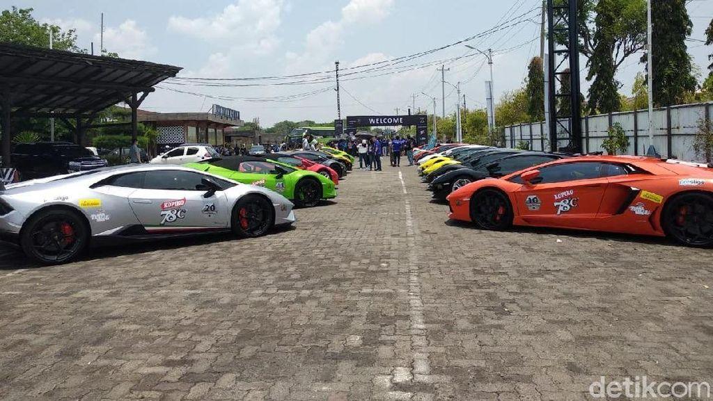Tak Cuma Ngebut, Komunitas Lamborghini Juga Peduli Sosial