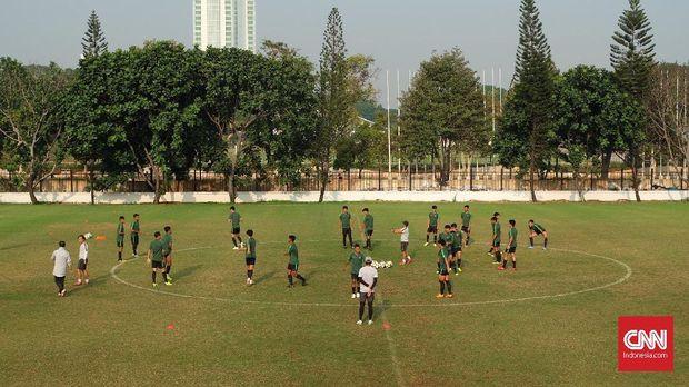 Timnas Indonesia U-19 jalani latihan jelang menghadapi perempat final Piala Asia U-19 2018.
