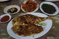 Ini Nih 5 Kota di Indonesia yang Punya Seafood Enak!
