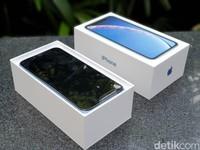 iphone xr biru