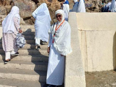 Cerita Haru Hijabers dapat Rezeki Tak Terduga Selama Perjalanan Umrah