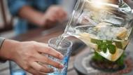 4 Manfaat Penuhi Kebutuhan Cairan Tubuh, Bunda Perlu Tahu