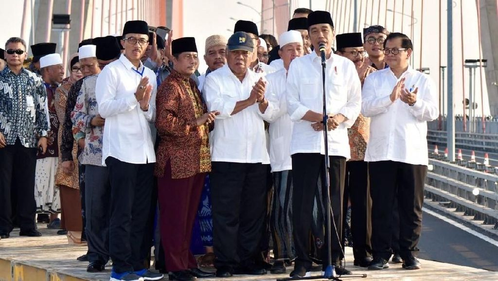 Gratiskan Jembatan Suramadu, Jokowi: Pemasukan untuk APBN Kecil