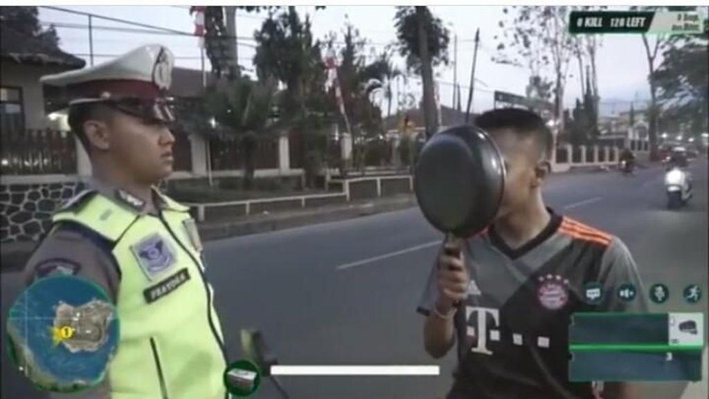 Kocak, Biker vs Polisi ala Game PUBG Versi Polantas Garut