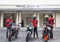 Road Warriors di Gedung Joeang '45.