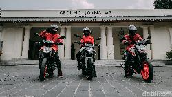 Semangat Sumpah Pemuda Riders Road Warriors KTM Duke