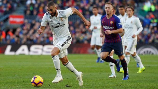 Real Madrid tampil buruk saat dikalahkan Barcelona 1-5.