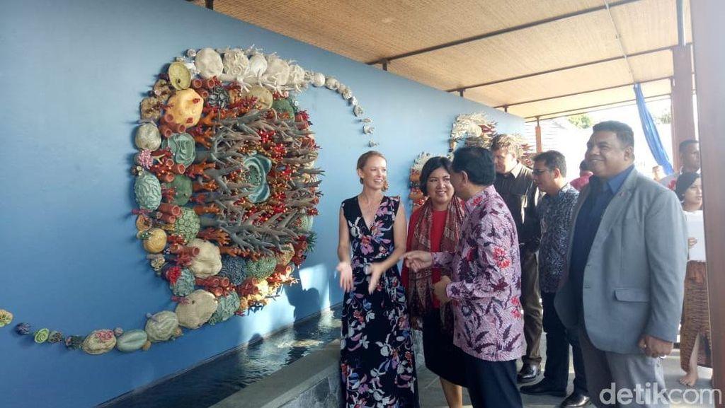 Keren! Ada Instalasi Semesta Terumbu Karang di Bali