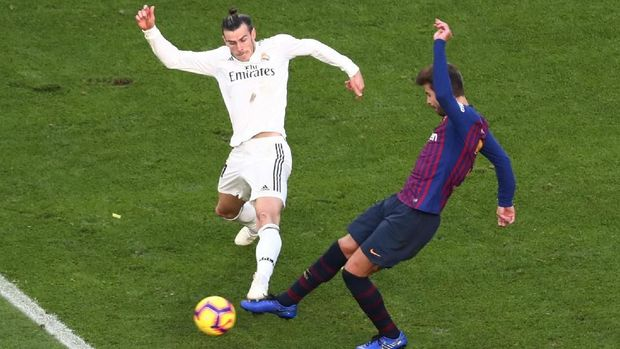 Barcelona dan Madrid jadi pesaing berat Man City dalam perburuan pemain.