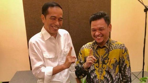 Jubir TKN Jokowi-Ma'ruf, Ace Hasan Syadzily (kanan).