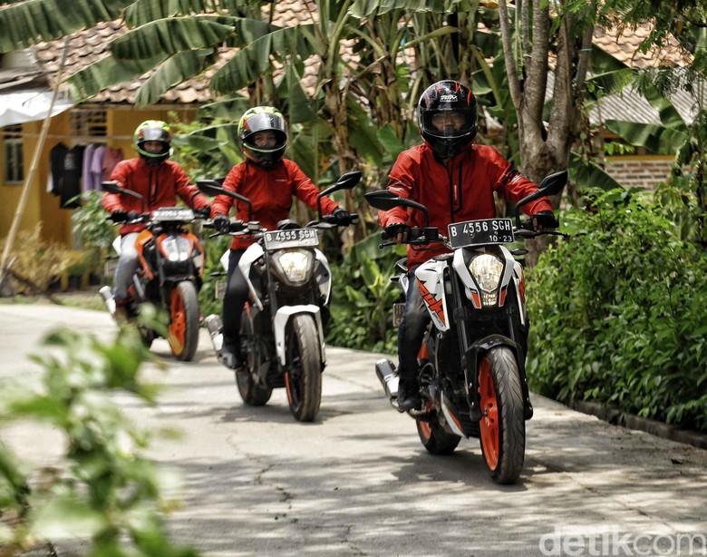 Road Warriors KTM ke Rumah Sejarah Rengasdengklok. Foto: Pradita Utama