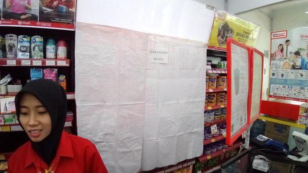 Minimarket yang melanggar aturan terancam dikenai sanksi.