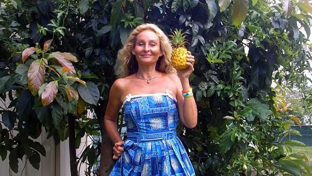 Foto: Penampilan Wanita 53 Tahun yang Cuma Makan Buah Selama 28 Tahun