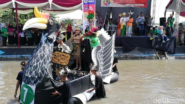 Carnival On the River, Cara Pelajar Pasuruan Kampanye Perlindungan Satwa