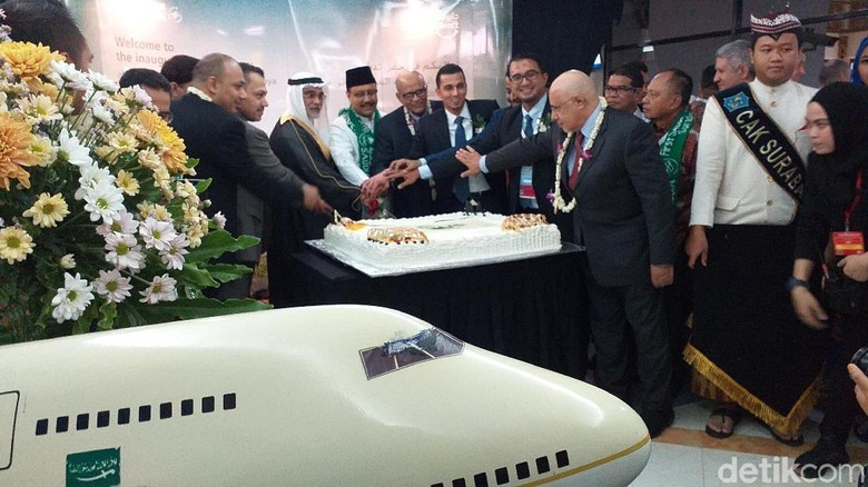 Foto: Inagural Flight di Bandara Juanda, Surabaya (Amir Baihaqi/detikTravel)