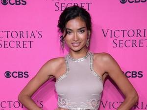 Savage! Model Cantik Ini Latihan 4 Jam Sehari Demi Show Victorias Secret