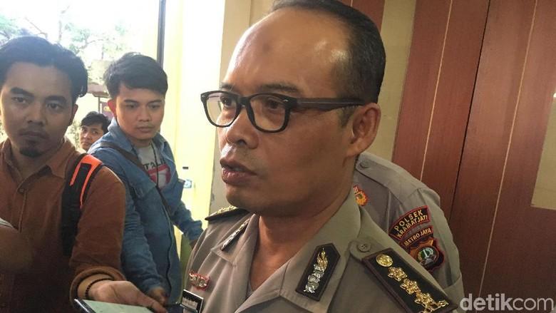 Polres Bogor Jemput Wanita Pembawa Anjing ke Masjid Sentul di RS Polri