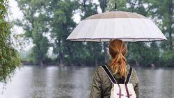 Kehujanan Bikin Sakit Itu Cuma Mitos, Tonton Penjelasannya