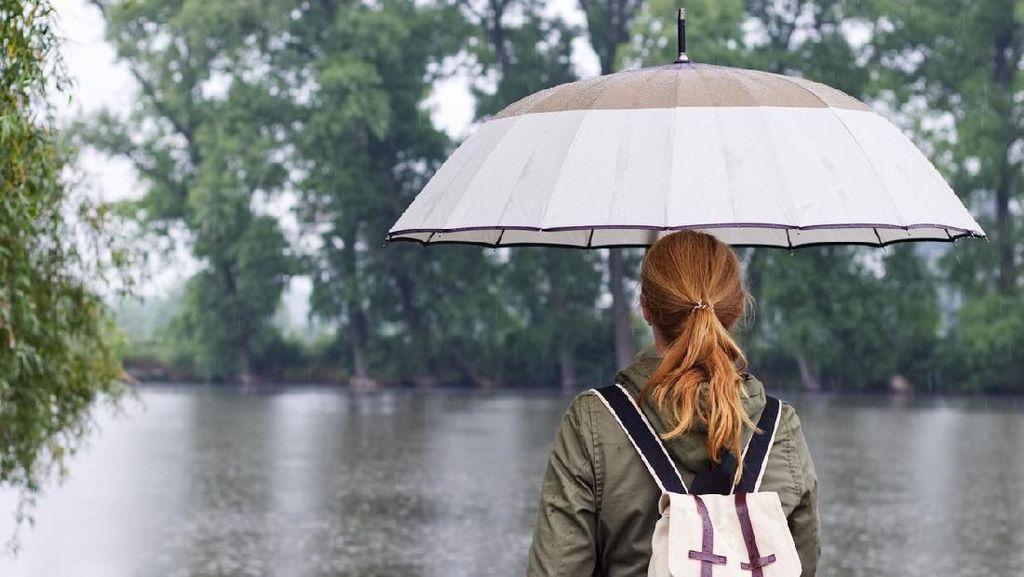 Emang Kehujanan Bisa Bikin Sakit Ya?